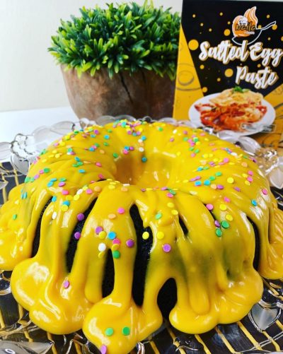 Choc Cake with Salted Egg Saurce Topping